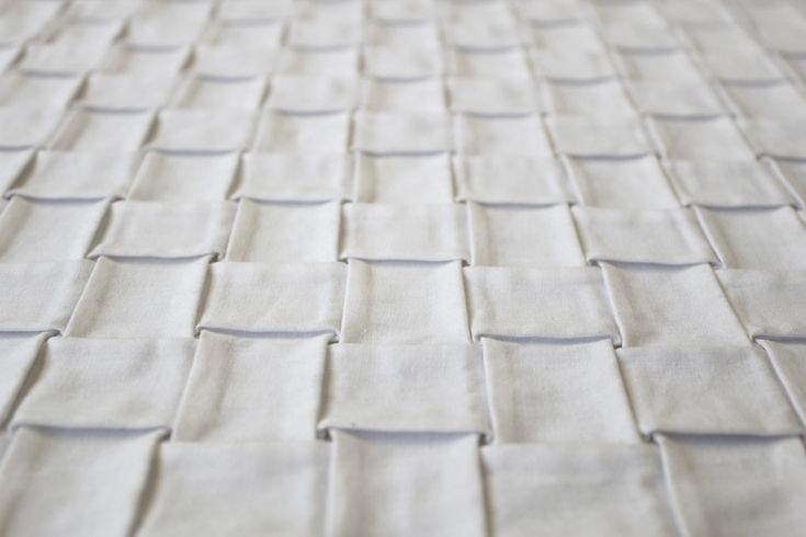 Woven fabric sample for white texture; structural fabric manipulation; textile design // Foldability
