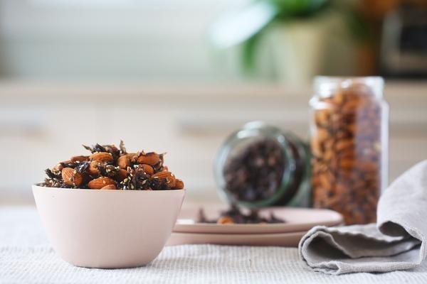 Tamari and Sesame Almonds - Be Good Organics
