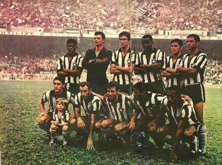 Moreira, Cáo, Zé Carlos, Leônidas, Carlos Roberto, Valtencir, Rogério, Gérson, Roberto, Jairzinho e Paulo César.