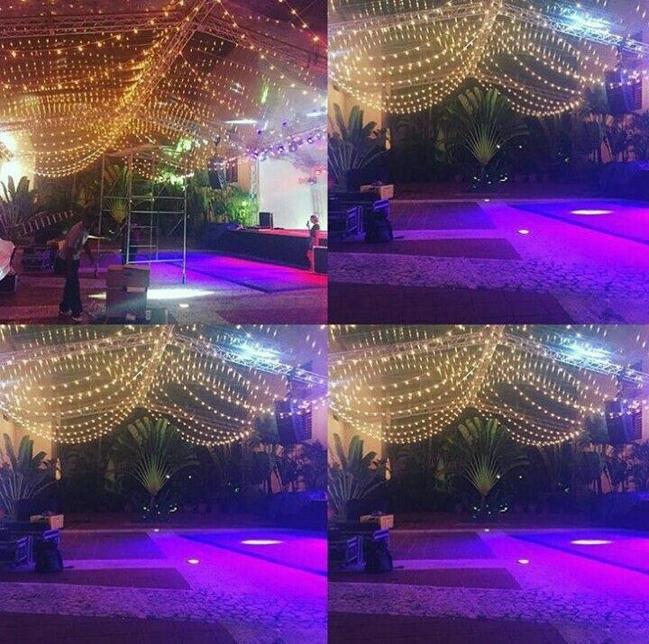 I want these for my wedding!! #lights #night #dream  Hostal Nicolás De Ovando en Santo Domingo, Distrito Nacional