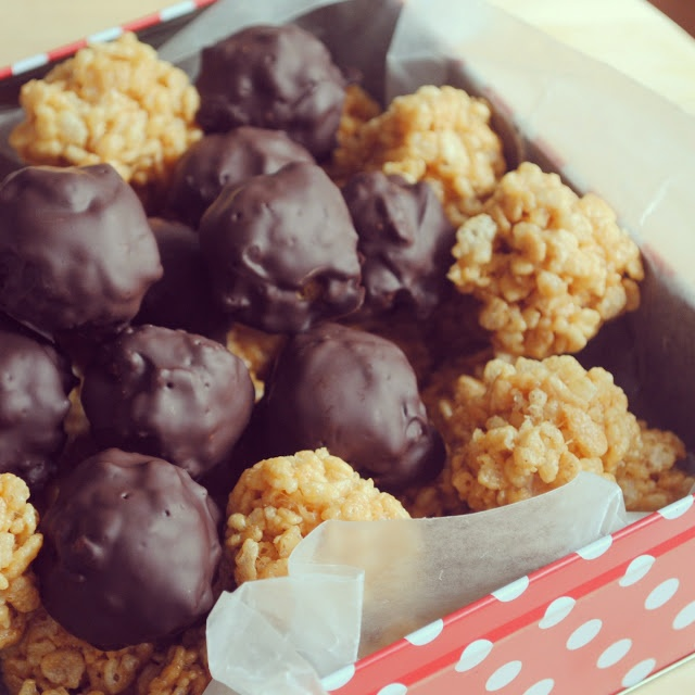 Peanut Butter Rice Krispies Balls. These are the perfect 'pop in your mouth' size! Love!