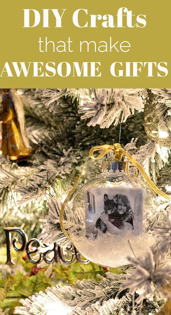 You don't have to go broke giving gifts! You can make some incredible DIY gifts for people that they will love! The fact that it's handmade makes it more special to them and saves you money- win, win! CLICK for DIY crafts that make AWESOME GIFTS