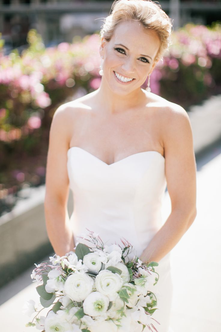 Classic bridal hair and makeup (Clane Gessel Photography)