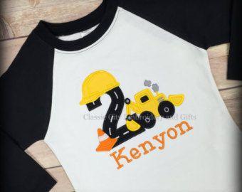 Artículos similares a camiseta de cumpleaños de construcción, - camión cumpleaños camisa - construcción del partido, - camisa del cumpleaños del muchacho, - primer cumpleaños, - segundo cumpleaños, - tercero en Etsy