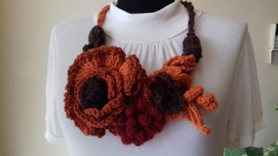 Crochet Necklace Stella BrownBrick-red by AnnesMagicCrochet