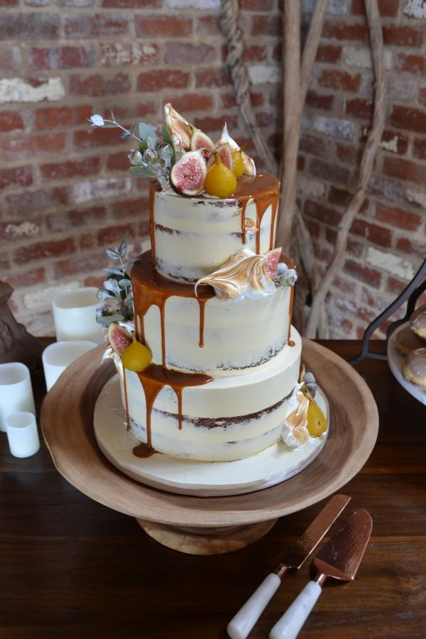 Top Tips For Choosing Your Perfect Cake - Polka Dot Bride