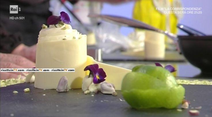 """La ricetta del dessert ananas lime e fiori freschi di Guido Castagna del 31 marzo 2017, a """"La prova del cuoco""""."""