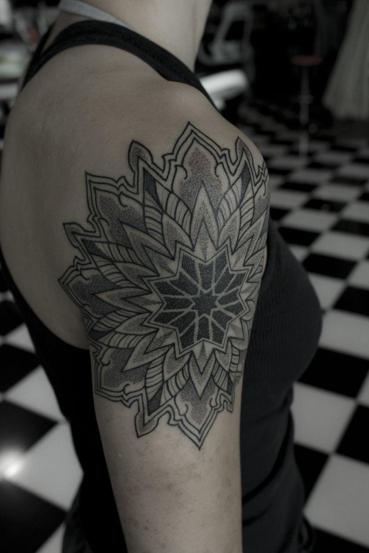 50 best My tattoo images on Pinterest | Black work, Mandala tattoo ... - Armreif Tattoo