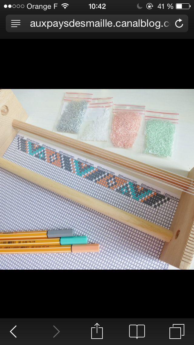 Voici le lien pour faire des test de bracelet perles http://shala.addr.com/beads/resources/graphpaper/
