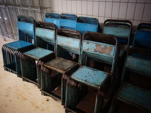 partij metalen stoelen/vintage/horeca/industrieel/