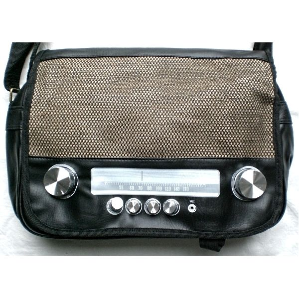 Borsa radio modello vintage