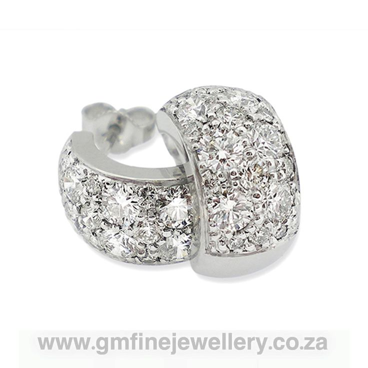 Gerhard Moolman Fine Jewellery specialises in creating handcrafted fine jewellery in gold and platinum set with diamonds, precious and semi precious stones.  www.gmfinejewellery.co.za gerhard@gmfinejewellery.co.za