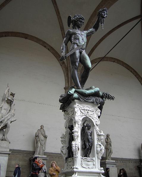Benvenuto Cellini. Perseo con la testa di Medusa | Firenze 1545.