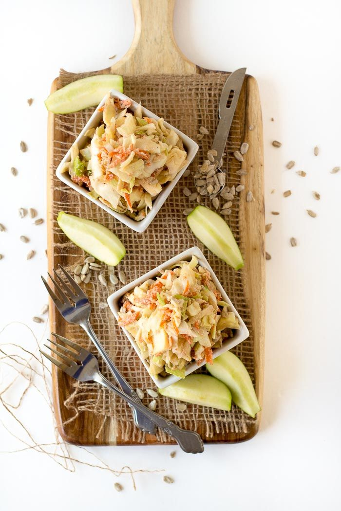 This creamy vegan coleslaw is gluten-free, tangy, crunchy and perfect for a summer BBQ. Only 10 ingredients and less than 30 minutes to make!