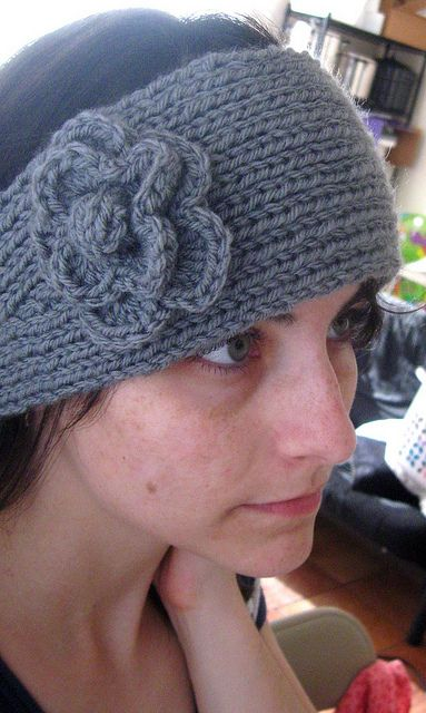 Knitted Headband Patterns Free : 1000+ ideas about Knit Headband Pattern on Pinterest Knitted headband patte...