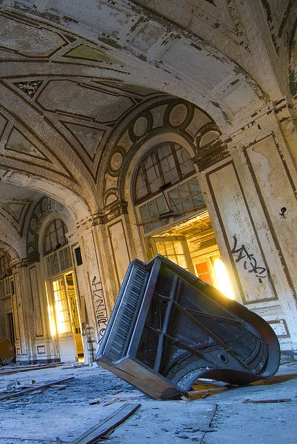 pinterest.com/fra411 #decay -  abandoned Piano Hall
