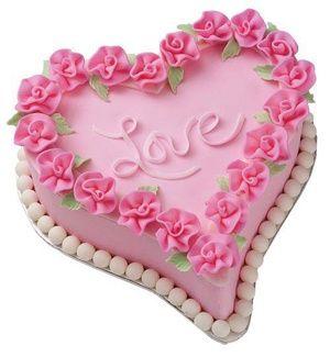 Adorable Valentine Cake
