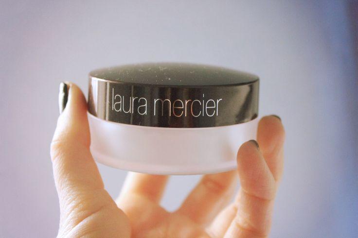 Laura Mercier universal loose powder