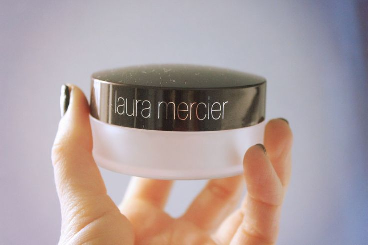 Laura Mercier universal loose powder
