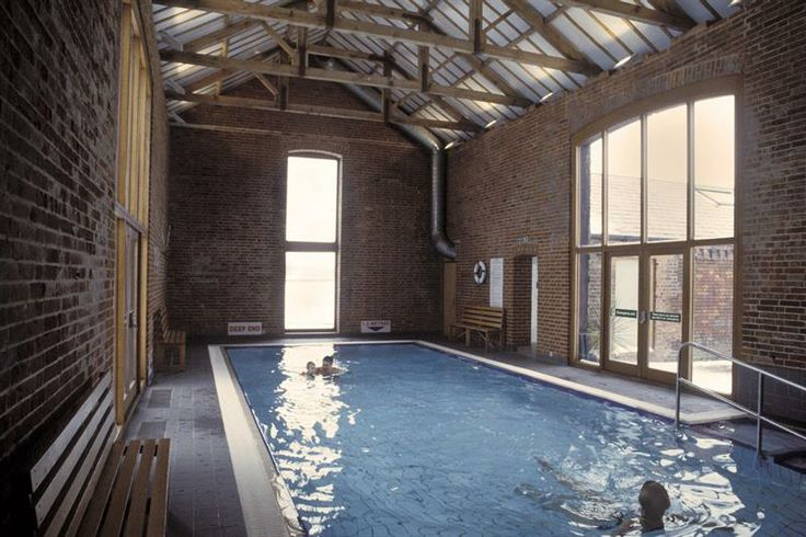 49 best swimming pools images on pinterest pools swiming pool and swimming pools for Family holiday cottages with swimming pool