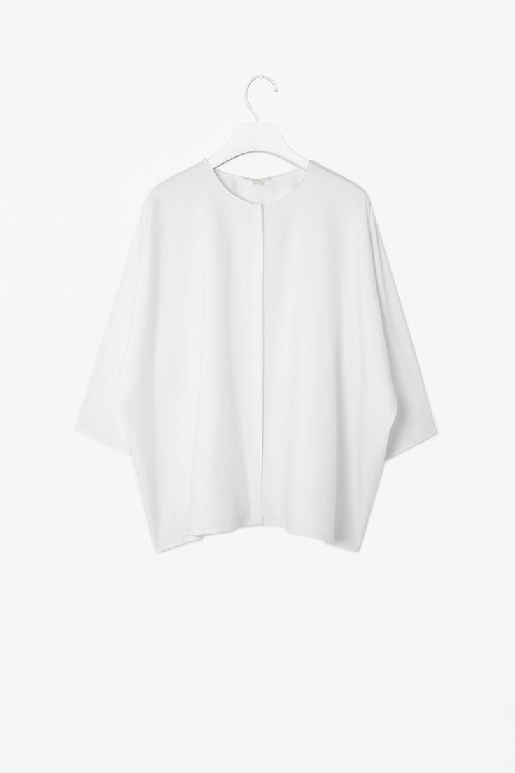 Wide collarless shirt