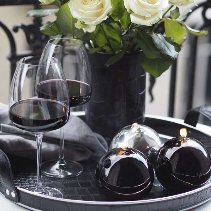 Enjoying Sunday brunch. Balmuir Piemonte red wine glass and leather Accessories available at www.balmuir.com/shop