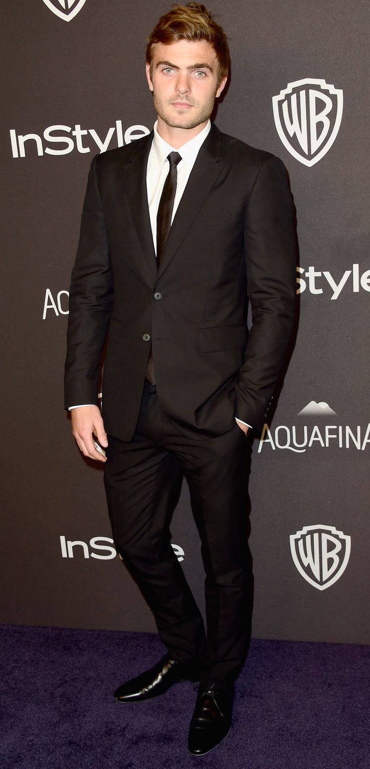 British actor Alex Roe wearing Burberry tailoring on the red carpet at the Golden Globes in Los Angeles