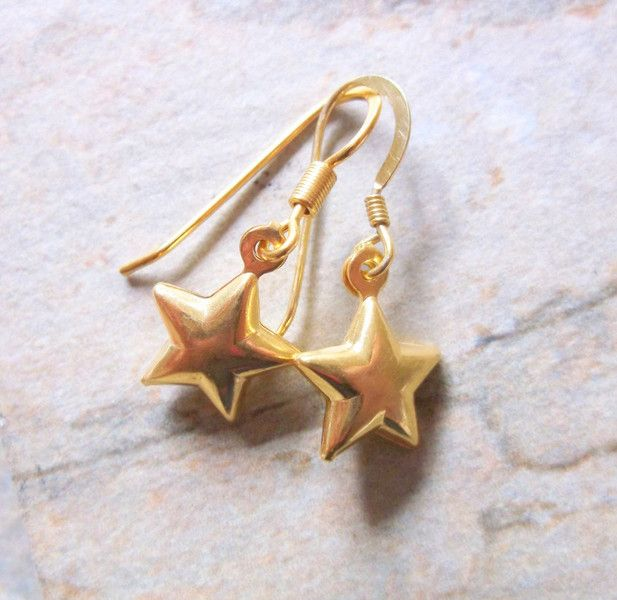 Dangle Earrings – 22k Gold Vermeil Star Drop Earrings – a unique product by clutchandclasp-rose on DaWanda