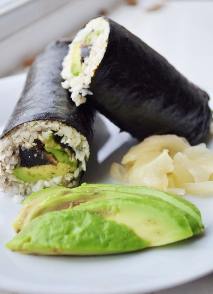Vegan {Cauli Rice} Sushi