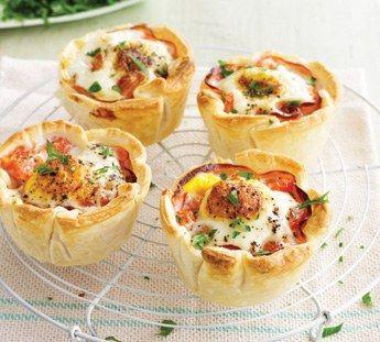 Ham and egg mini pies