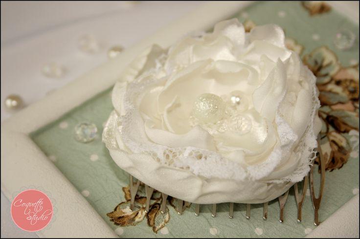 Bride hair accessory. Unique and handmade by Coquette Studio.   coquette_studio@yahoo.com