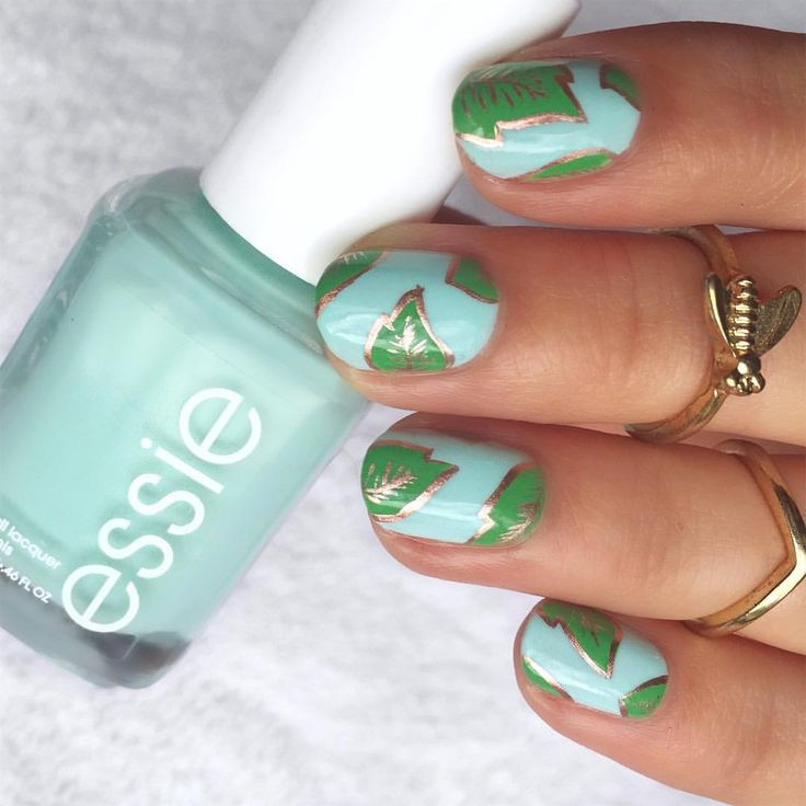 "554 Likes, 41 Comments - Harli (@nailsbyharlig) on Instagram: ""Needed something springy. I used @essiepolish Mint Candy Apple, Mojito Madness, & Penny Talk."""