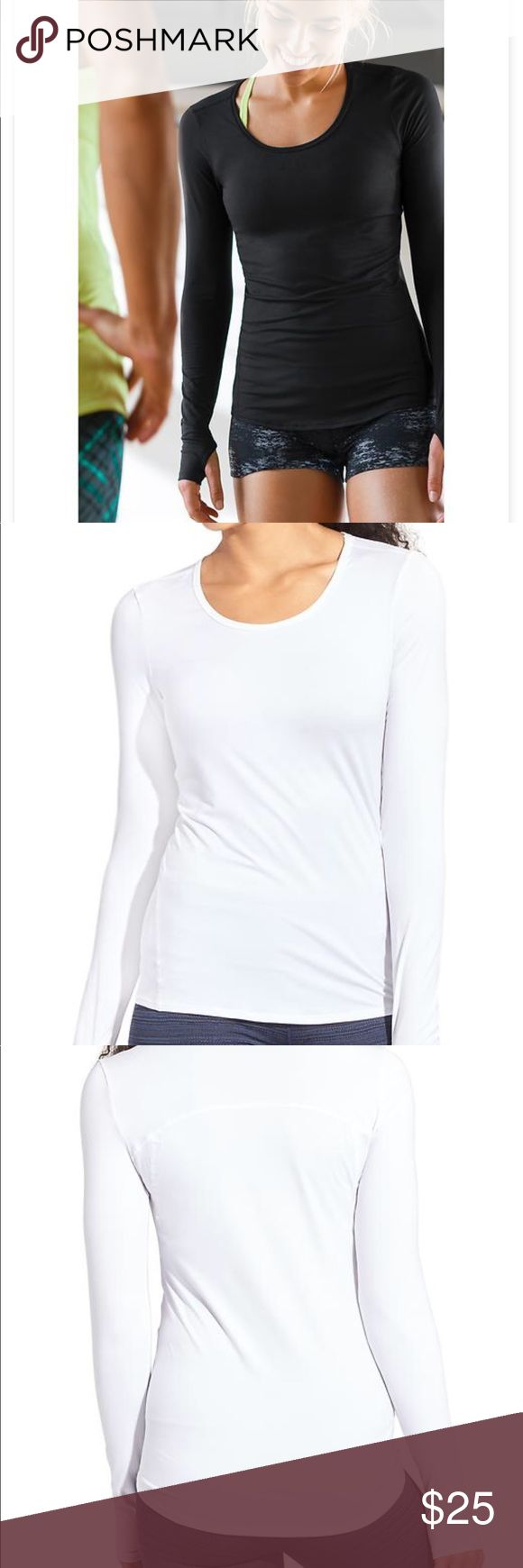 🌸ATHLETA CHI LS TOP🌸 In GOOD CONDITION NO STAINS NO HOLES!, ultra-lightweight top with Unstinkable technology so you can sweat it out in back-to-back workouts. INSPIRED FOR: gym/training, yoga, studio workouts FAIR TRADE: Made in a Fair Trade Certified™ Factory. Flattering forward-placed seam lines High-low hem for extra coverage Curved thumbholes keep sleeves in place Athleta Tops Tees - Long Sleeve