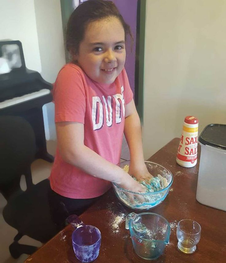 Play Dough Talk about an absolute winner!! Are the kids under your feet and… Jay Jay's Whyalla This is Emma and Emma works at Jay Jay's in Westland, Whyalla… #thingstodowithkids #blog #blogger #activitiesforkids #ideasforkids #parenting #playdough #play #fun #indooractivitiesforkids