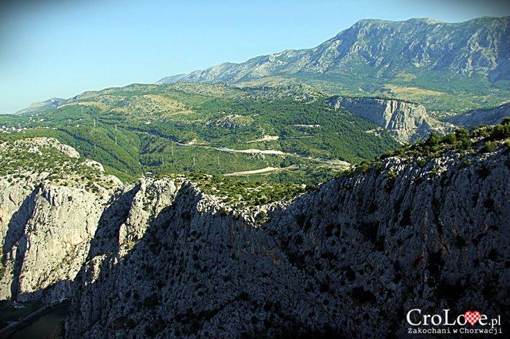 Panorama masywu Mosor widziana z Twierdzy Starigrad (Fortica) || http://crolove.pl/twierdza-starigrad-fortica-omisu/ || Omis #Chorwacja #Croatia #Hrvatska