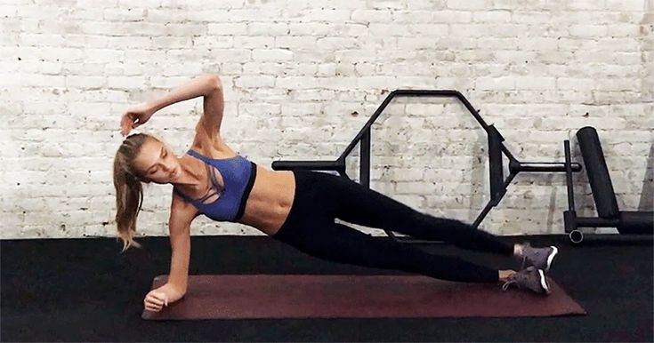 6 Full-Body Workout Moves Demonstrated by Victoria's Secret Model Romee Strijd
