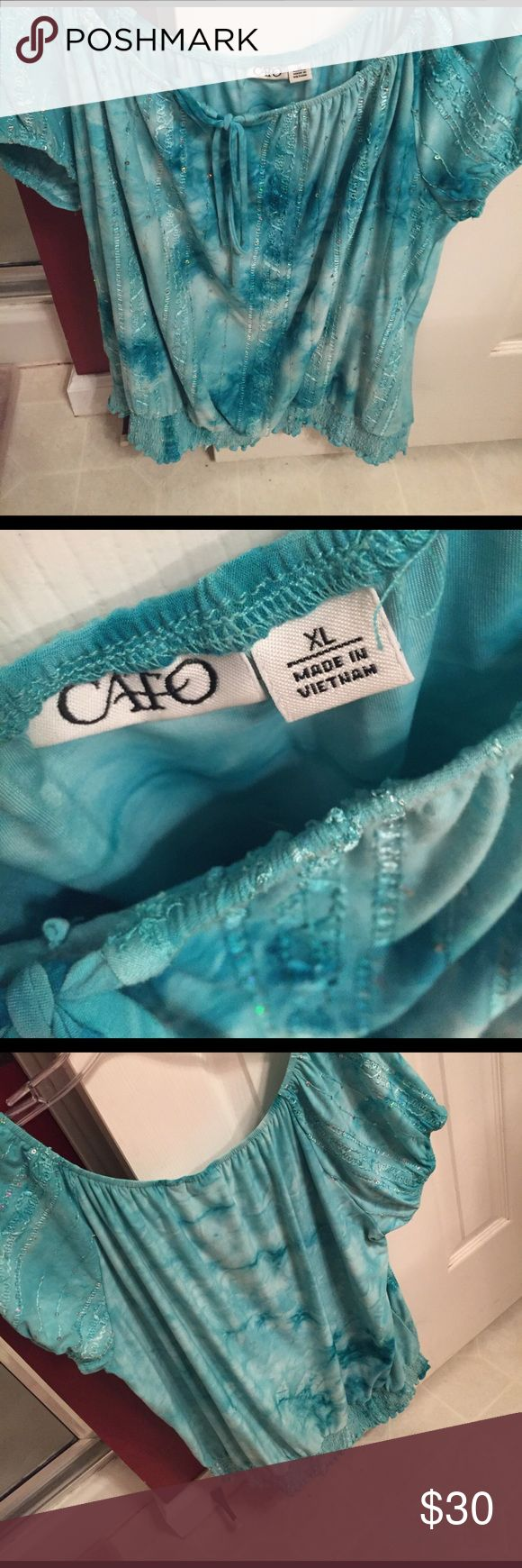Turquoise top Really cute top - like new/only worn once Cato Tops Blouses