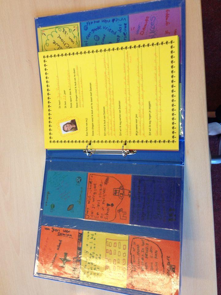 Afscheid kind, map met gekleurde briefjes en vriendenboekje