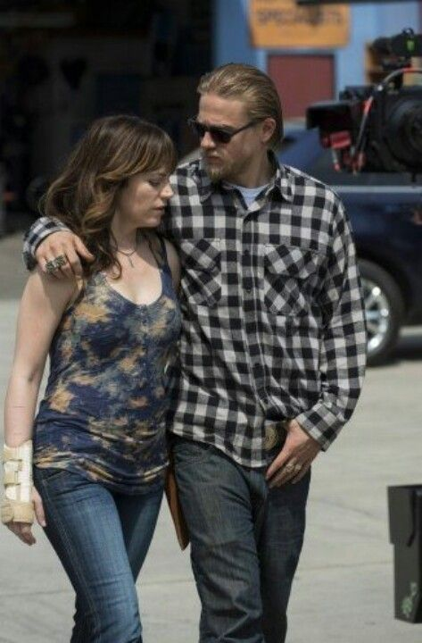 Charlie Hunnam & Maggie Siff | Lust Worthy | Pinterest ...