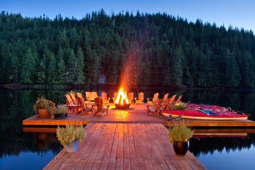 Love the idea of a fire on the lake.