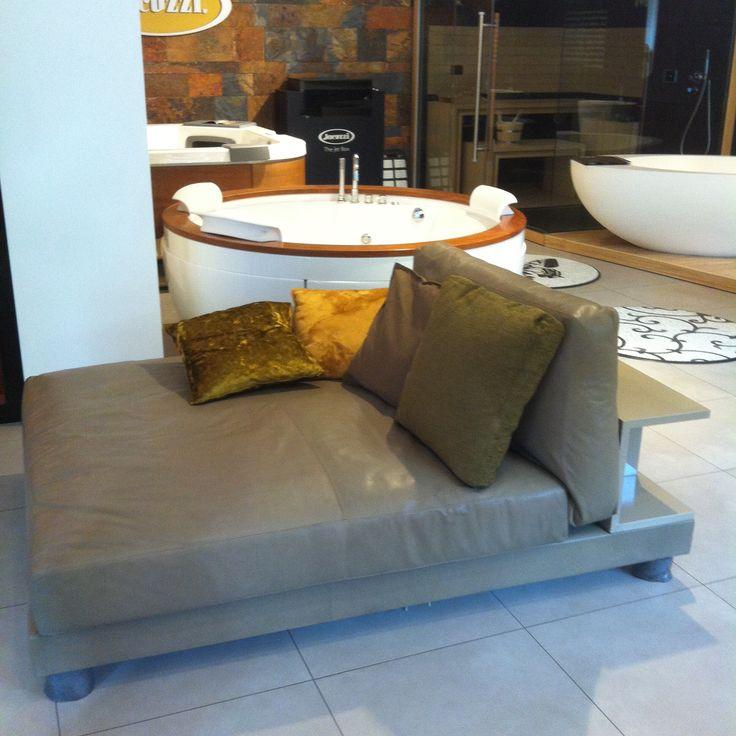 В нашем салоне официально стартовала распродажа мебели. Друзьям отдаем отличную итальянскую мебель для дома и офиса за копейки! Освобождаем склад под профильные новинки:) #smalta #smaltaitaliandesign #coffeeproject #coffeeandproject #sale #дизайн_интерьера #дизайн #мебельдлядома #мебельдляофиса #мебель #распродажа #распродажамебели