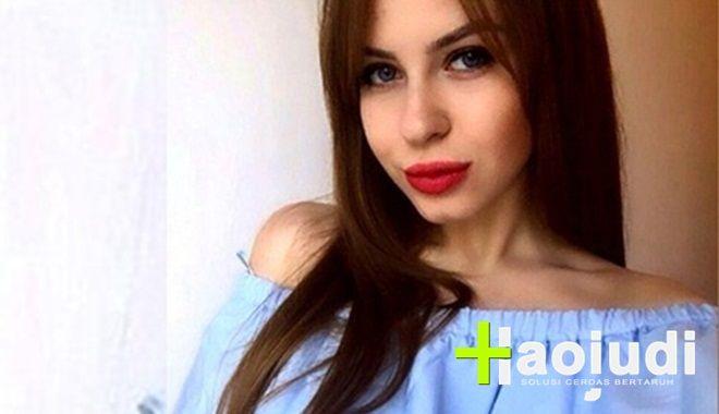 Gadis Cantik Rusia Lelang Keperawanan Demi Biaya Kuliah