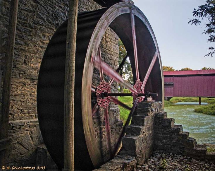 https://flic.kr/p/eW2Stw | A Working Water Wheel in Lancaster Co. Pennsylvania | Water Wheel at John Herr Grist Mill - Ronks, PA.  This old stone mill dates from the 18th century.   Print size 8x10 inches.