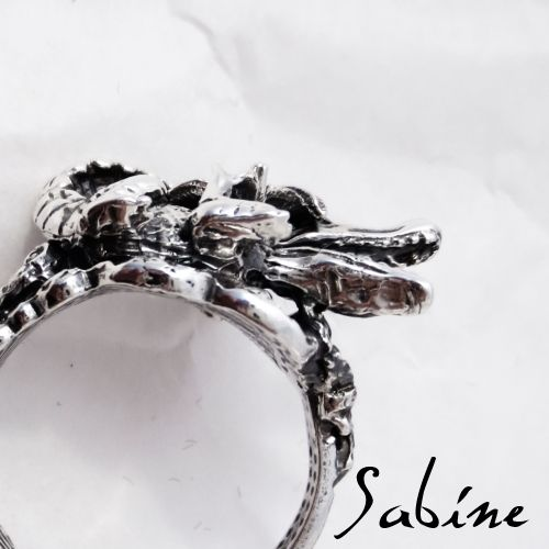 Sterling silver tropical crocodile ring