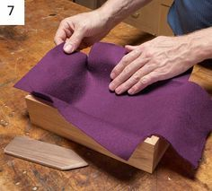 You don't need much to master the art of the DIY jewelry box! Basic stained wood and felt will do the trick: here's a free tutorial.
