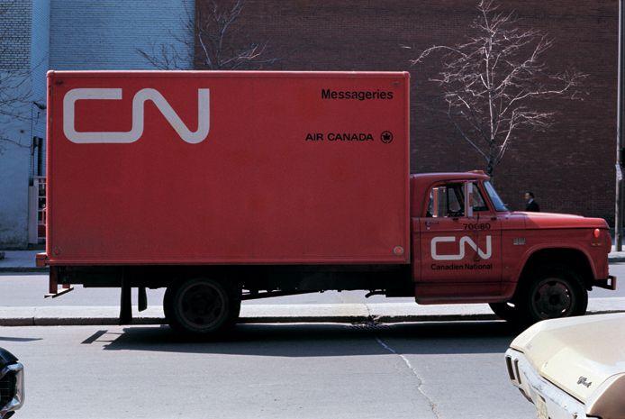 Cn Express Truck Cn Design Allan Fleming Pinterest