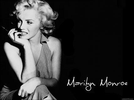Bir Hatun Kişi, Zamana Meydan Okuyan Kadın Marilyn Monroe (Norma Jeane)