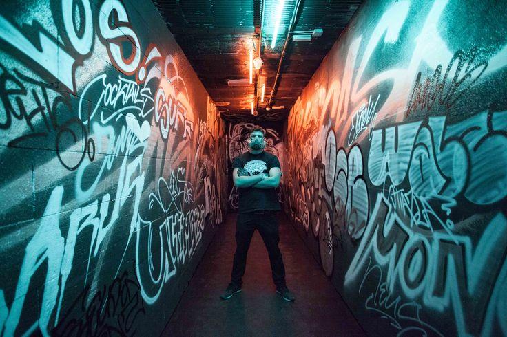 Graffiti Concept & Design | Client: Winisan | Website: www.r-g.at | Photo: © Rotkäppchen & Goiath #graffiti #graffitiauftrag #graffitijob #graffitiart #graffitiartist #graffitikunst #graffitikünstler #club #design #dark #lowlight #interiordesign #interior #walldesign #linz #austria #vienna #art #silver #chrome #blue #black #schwarz #silber #graphic #tags #writer #stylewriting #karus #painting #art #artist #sprayer #spraying #montana #montanacans #trowup #bw #blackwhite #lowlight…