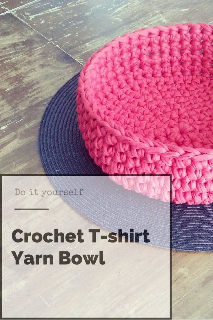 DIY Crochet yarn bowl. Free pattern.