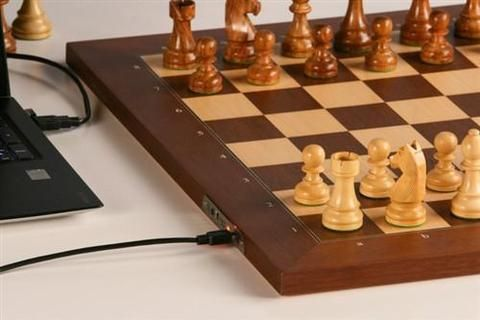 The DGT Electronic Chessboard USB & Bluetooth - Chess Computer - Chess-House